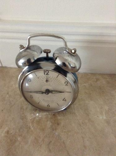 60b9ab78f11 Relógio Despertador Antigo Westclox Repetição
