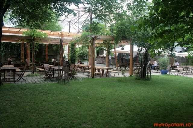 Gradina Verona Verona, Pergola, Outdoor structures