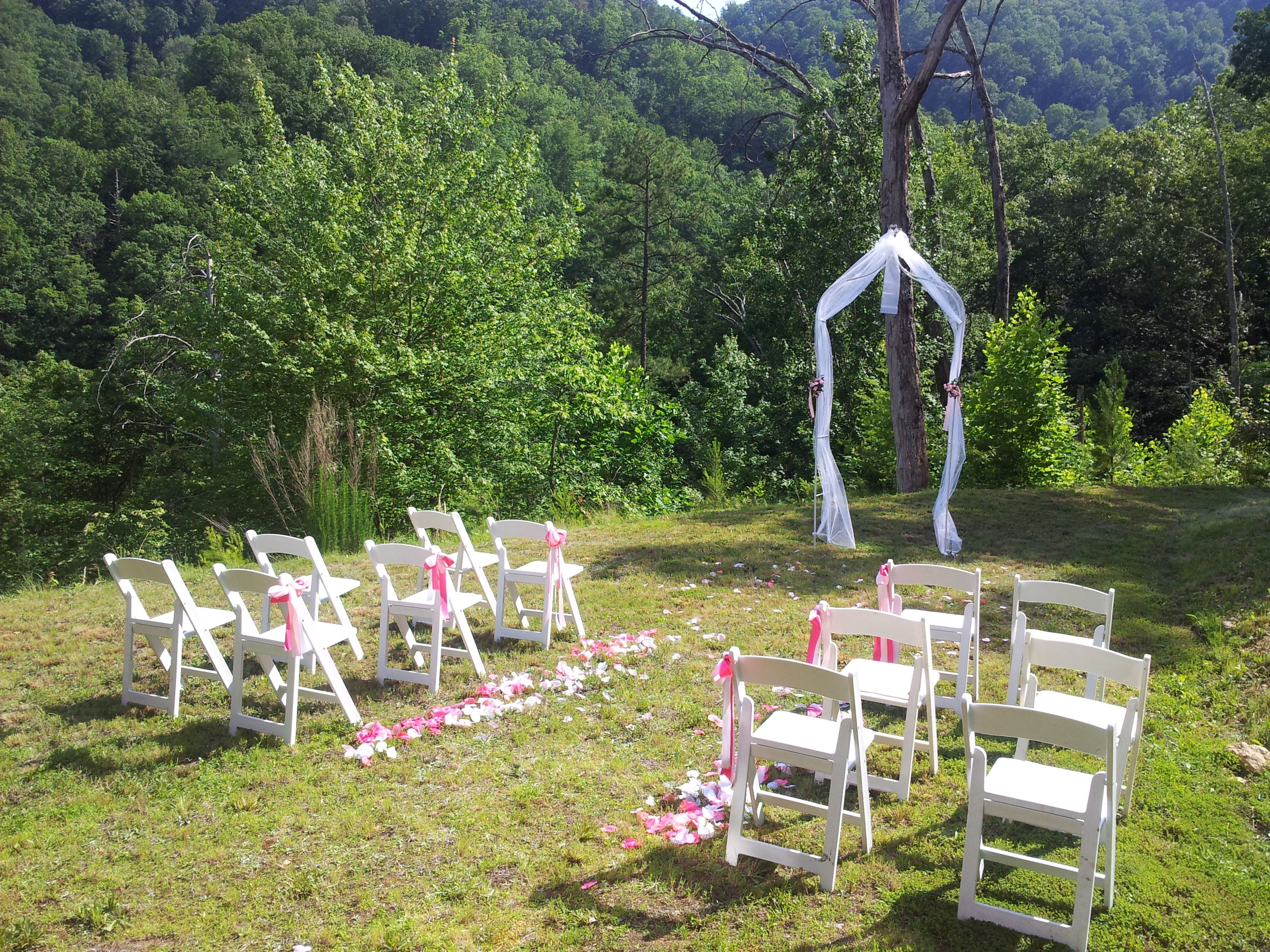 Outdoor Cabin Wedding In Pigeon Forge, TN