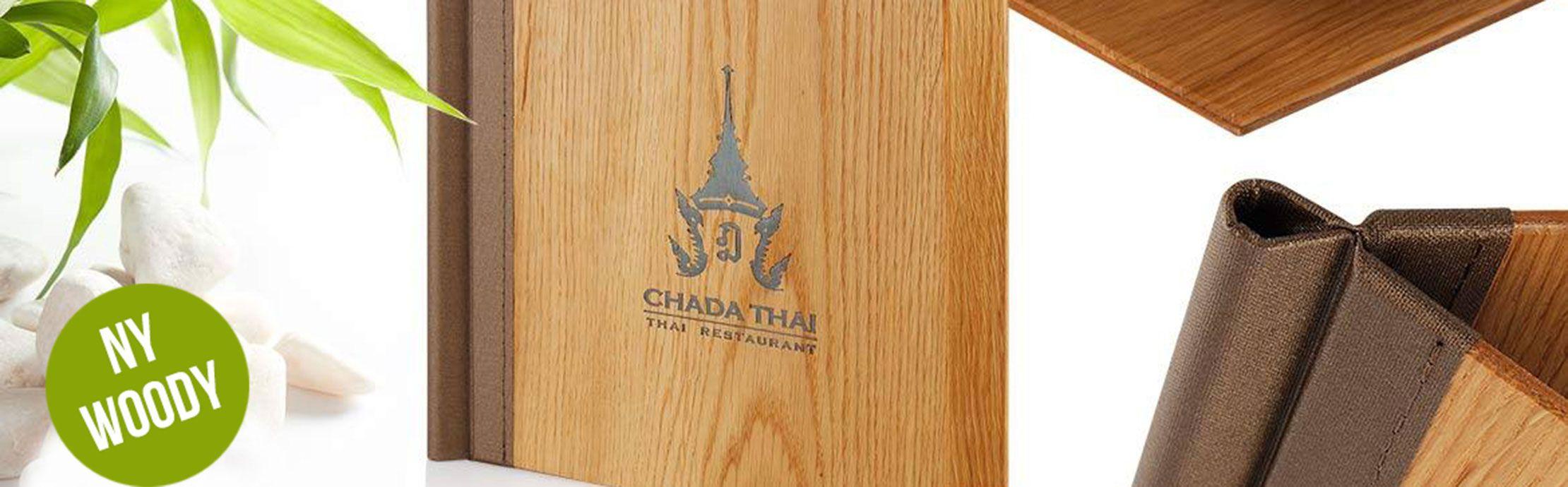 Menypärm i trä för restaurang eller hotell.