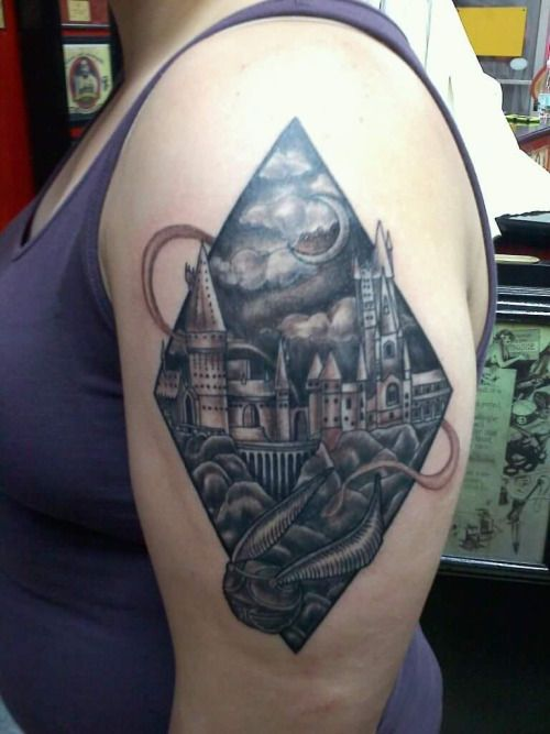Hogwarts Castle Tattoo Google Search Castle Tattoo Hogwarts Castle Tattoo Tattoos