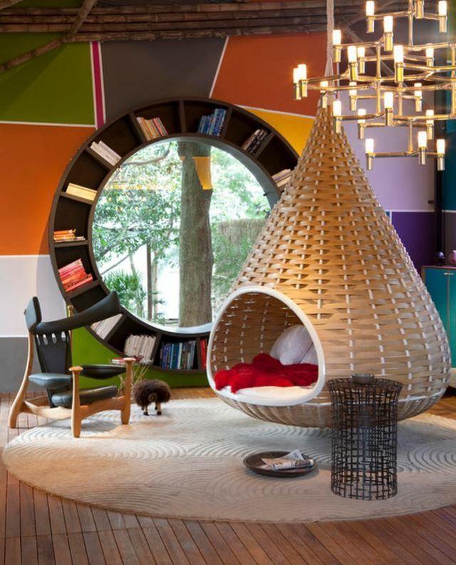 un int rieur sympa avec une balan oire pour adulte in my. Black Bedroom Furniture Sets. Home Design Ideas