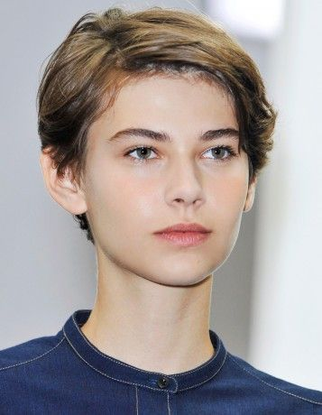Beautiful Boyish Haircut Model Amra Cerkezovic
