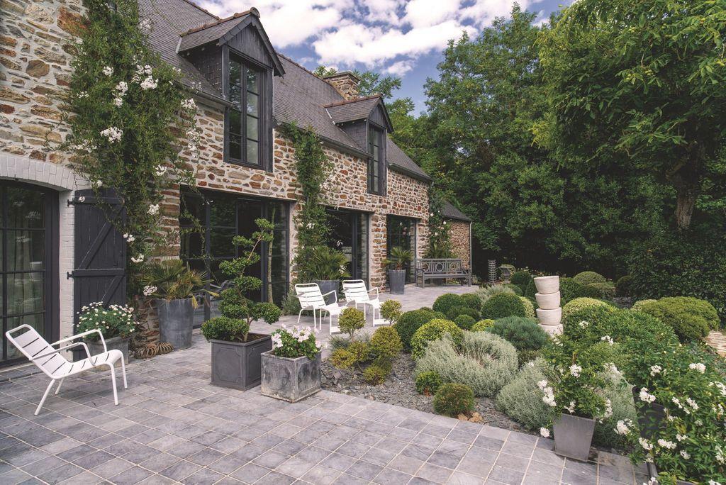 R novation d 39 une maison bretonne jardin facade house stone houses et house design - Maison bretonne moderne ...