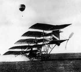 This craft with five cambered wings was the design of Jerome S. Zerbe. It attempted flight at a Los Angeles air meet in 1910, but came apart before it could get into the air when it hit a pothole in the airfield.
