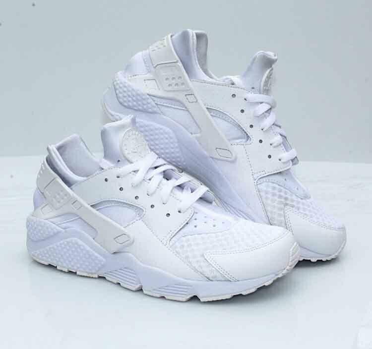 Nike Air Huarache Men S Size 10 5 White Pure Platinum 318429 111 Nike Runningshoes In 2020 Nike Air Huarache Nike Air Huarache White Nike Air Huarache Women