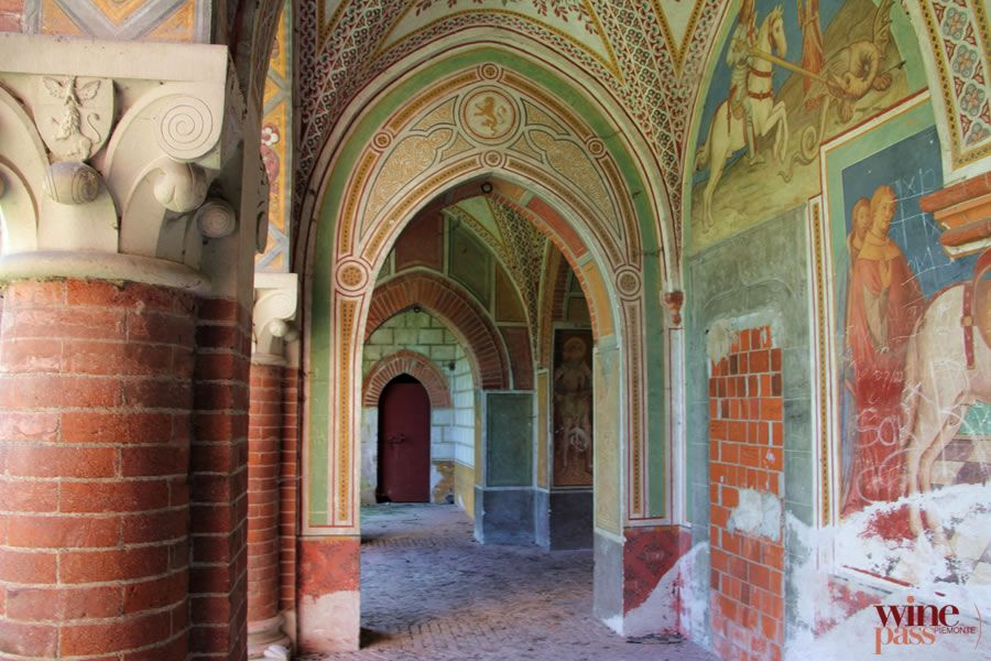 The Stunning Interior Of Castello Di Rovasenda This Castle