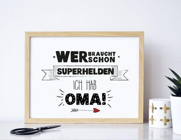 Superhelden Oma -  Druck von Formart  Der Druck wurde für Dich von Hand geschrieben, illustriert und anschließend Druckschön gemacht.   Der Druck kommt sich er verpackt in einem Vollkarton... #superherogifts