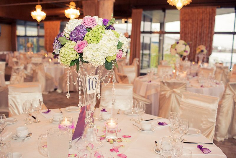 Low and high centrepieces make a great choice for detailing your space.