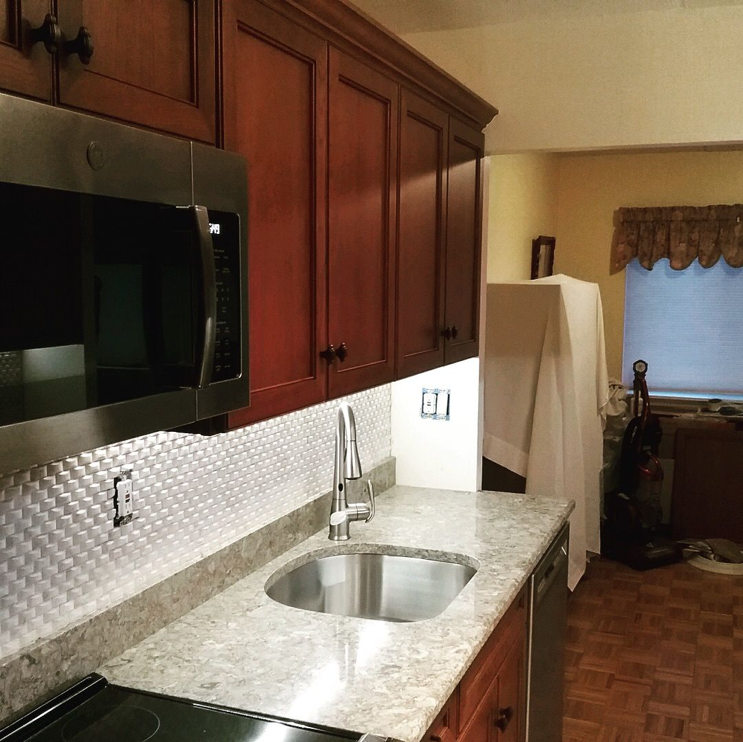 Tarrytown Ny Kitchen Renovation Using Cherry Cabinets And Quartz Countertop Quartz Is Cambria Berk Kitchen And Bath Design Kitchen Renovation Kitchen Remodel