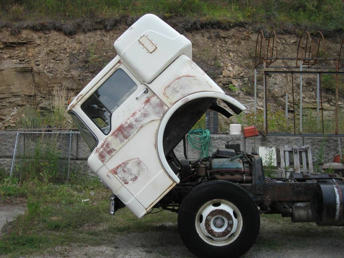 1959 Ford COE Cabover C800 with factory sleeper   Big ...