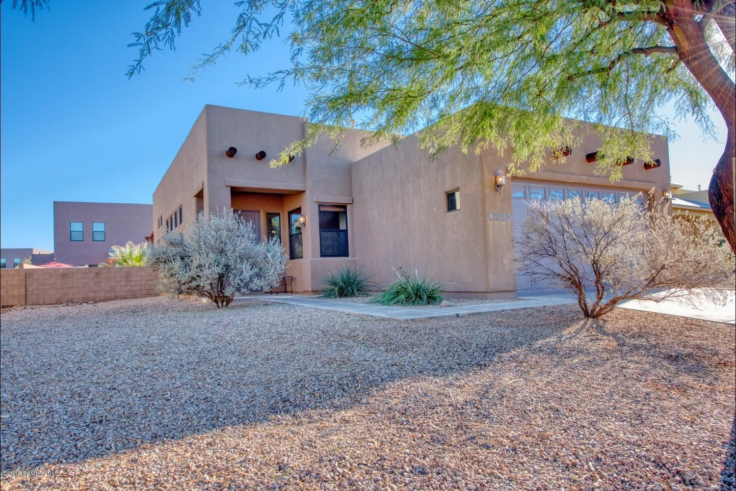 1 9 19 Sierra Vista Easy Access To Major Roadway Leading To Benson Tucson Bisbee Or Tombstone This Home Is Close T Real Estate Fort Huachuca House Styles