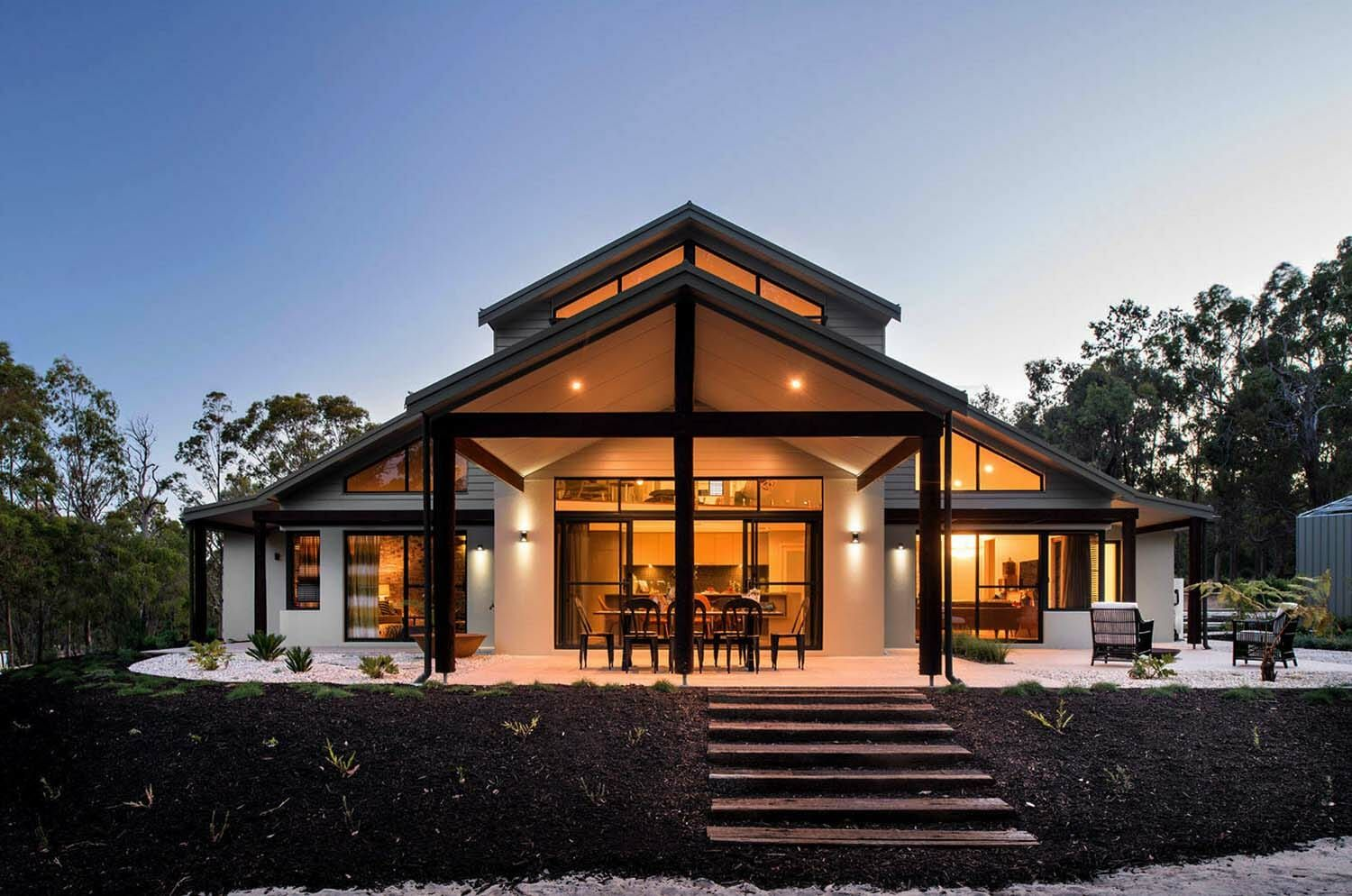 Contemporary Home Design The Rural Building Company 26 1 Kindesign Modern House Exterior Barn Style House Mansion Designs
