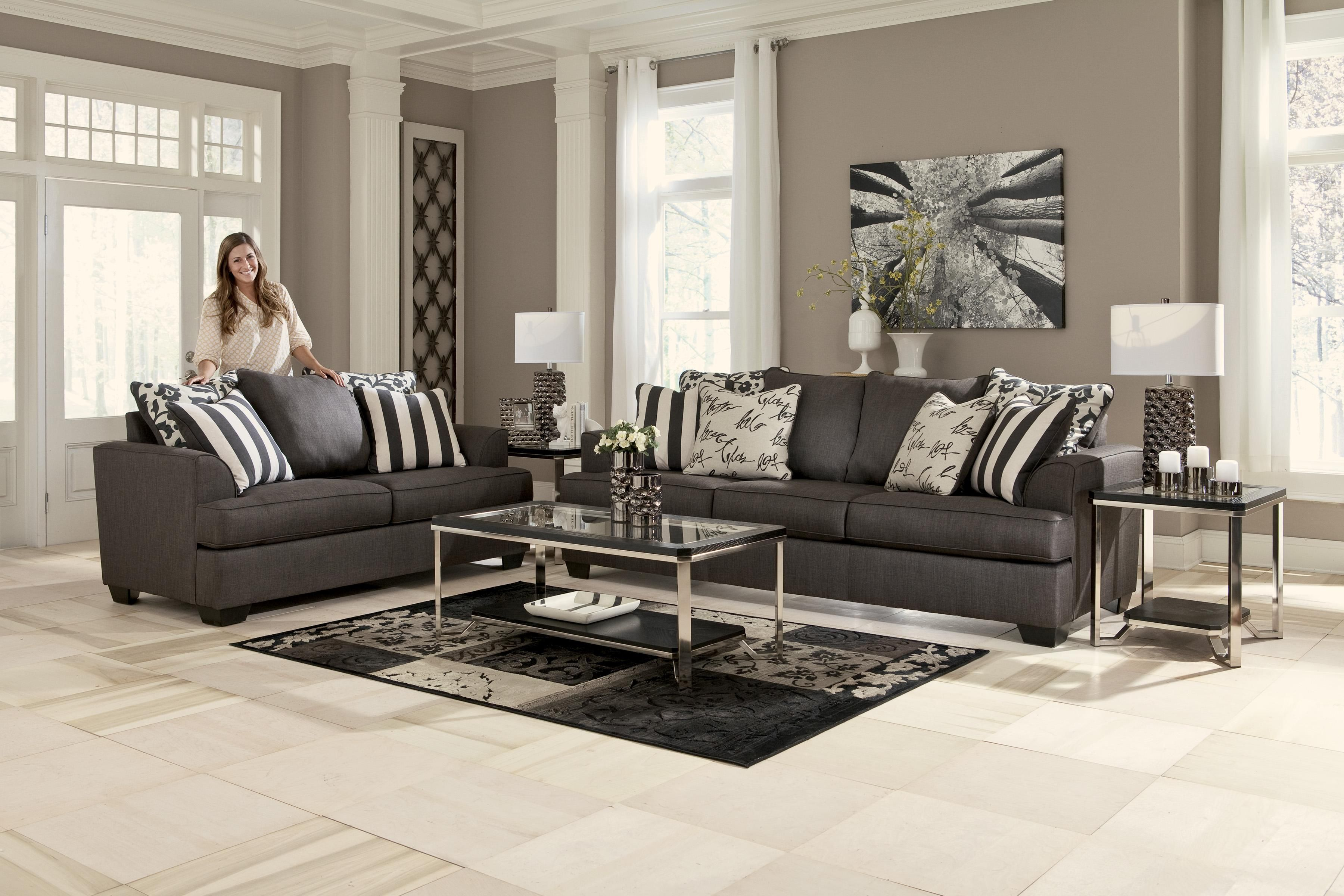 Signature Design By Ashley Central Park Loveseat With Scatterback Pillows And Plush Coil Seat Cushions Ro Furniture New England Furniture Wholesale Furniture #rotmans #living #room #sets