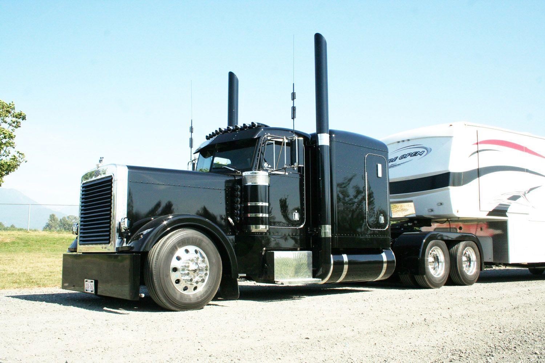 Kenworth W900l Modified Black Trucks Peterbilt Big Rig Trucks