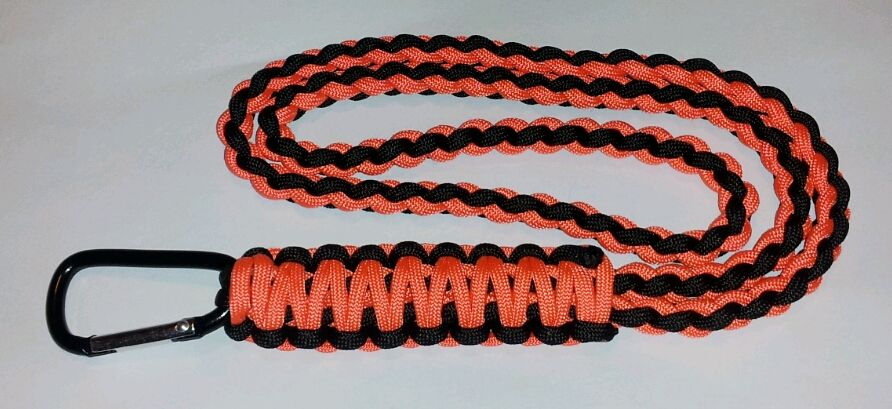 Paracord lanyard 4 cord stitch with cobra finish for How to make a paracord lanyard necklace
