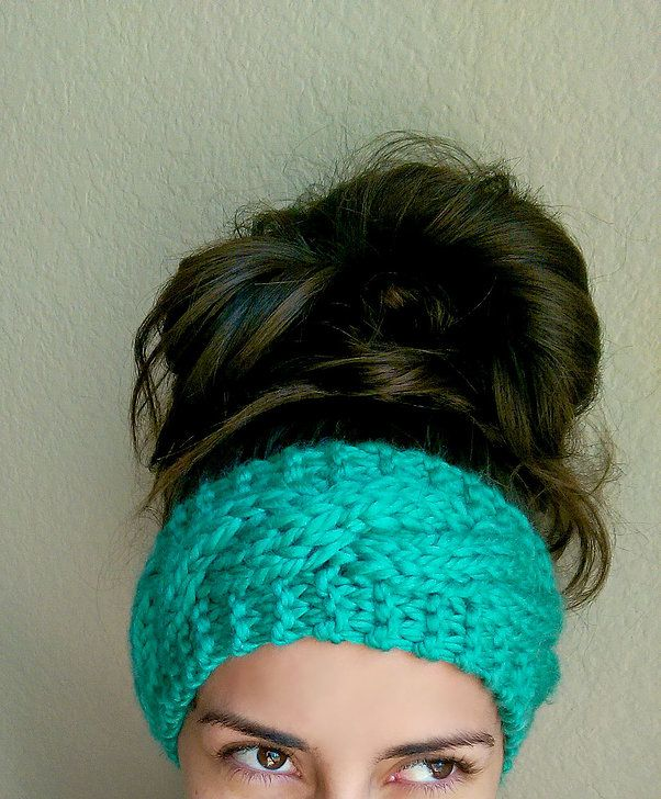 This is a super simple pattern using super bulky yarn. I recommend ...
