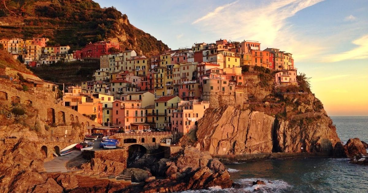 5 Tips For Hiking Italy S Cinque Terre Coastal Trail Hd Nature Wallpapers Uhd Wallpaper Nature Wallpaper