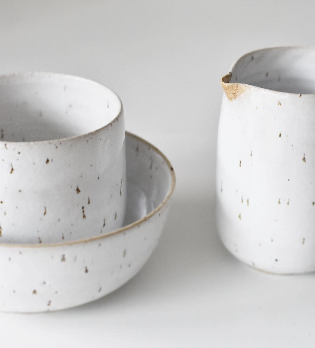 Speckled Clay With White Glaze Cup Bowl And Milkjug Niceandsimple Handmade Pottery Ceramics Glazes For Pottery Ceramic Dishes Rustic Ceramics