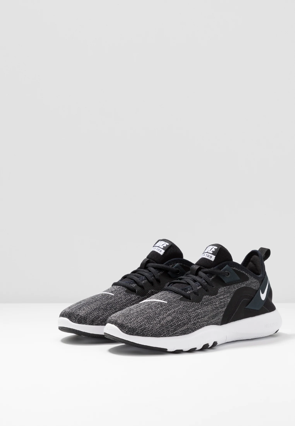 misil tarde Exclusivo  Nike Performance FLEX TRAINER 9 - Sports shoes -  black/white/anthracite/black - Zalando.de | Sports shoes, Black running  shoes, Nike flex