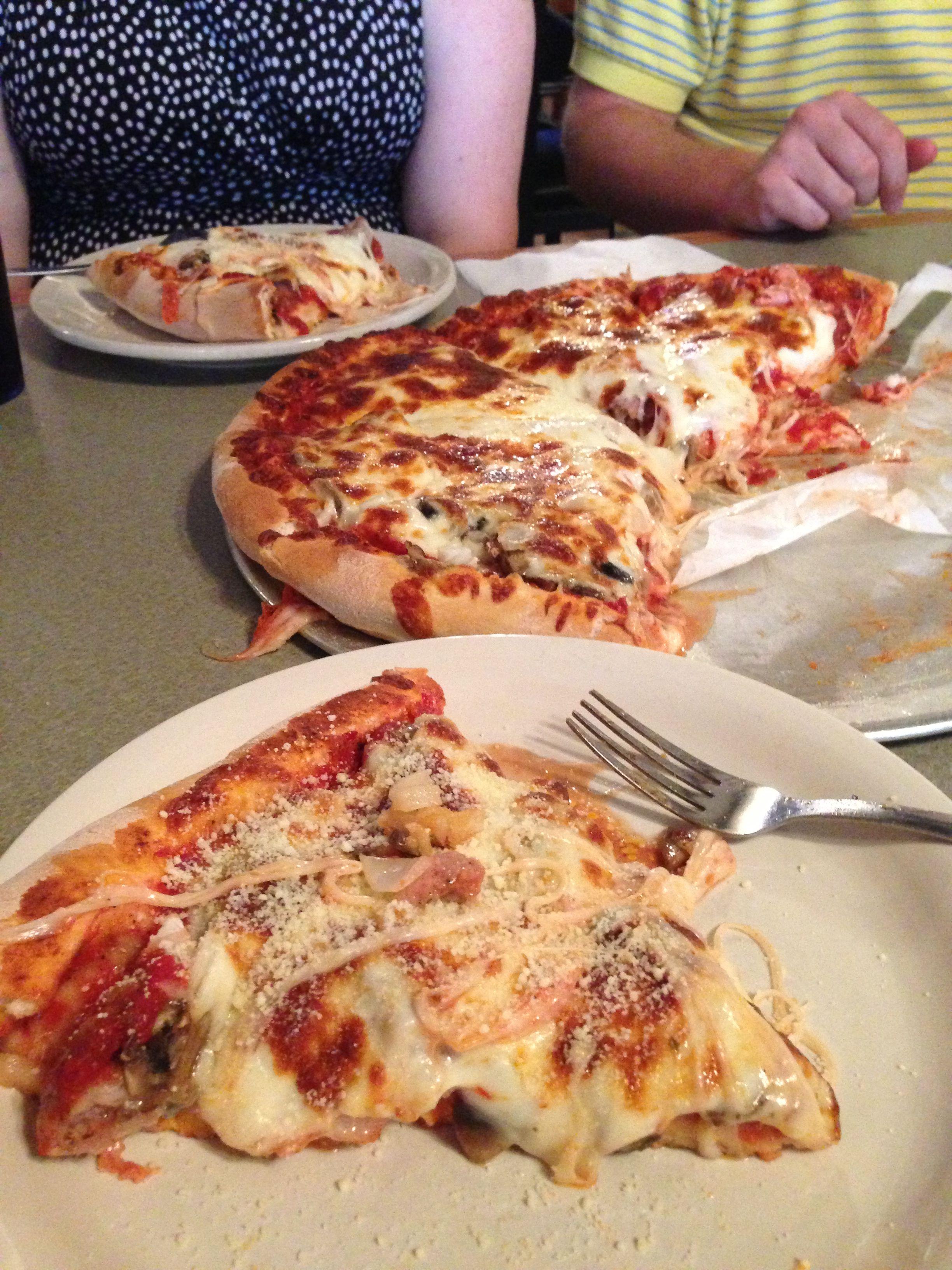 Pagliai S Pizza In Mankato Minnesota Best Pizza Ever Our