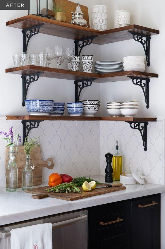 Rinconera en la cocina de una casa de campo herreria for Muebles para casa de campo