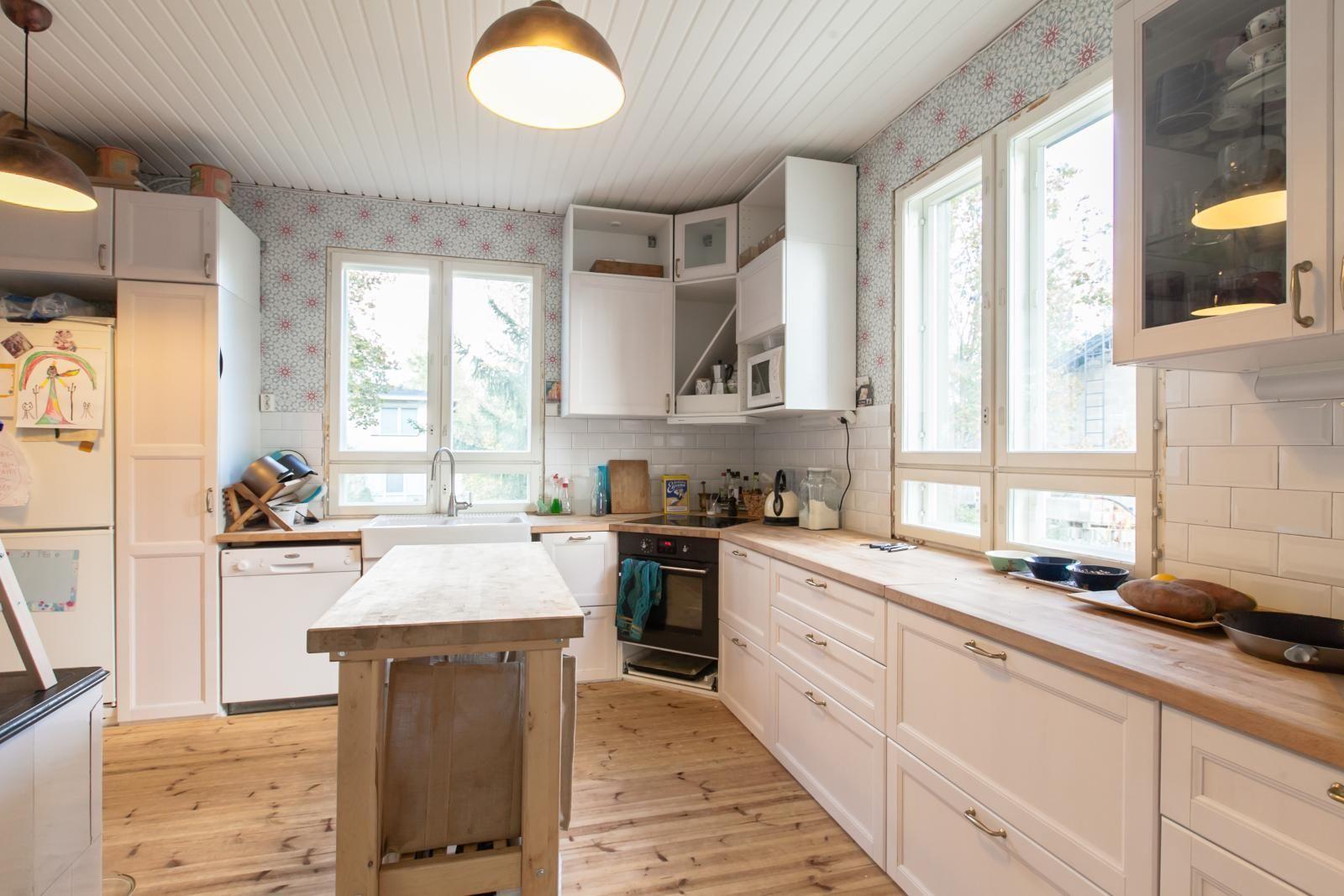 Myydään Omakotitalo 4 huonetta - Helsinki Puistola Laaksotie 7 - Etuovi.com 9816829