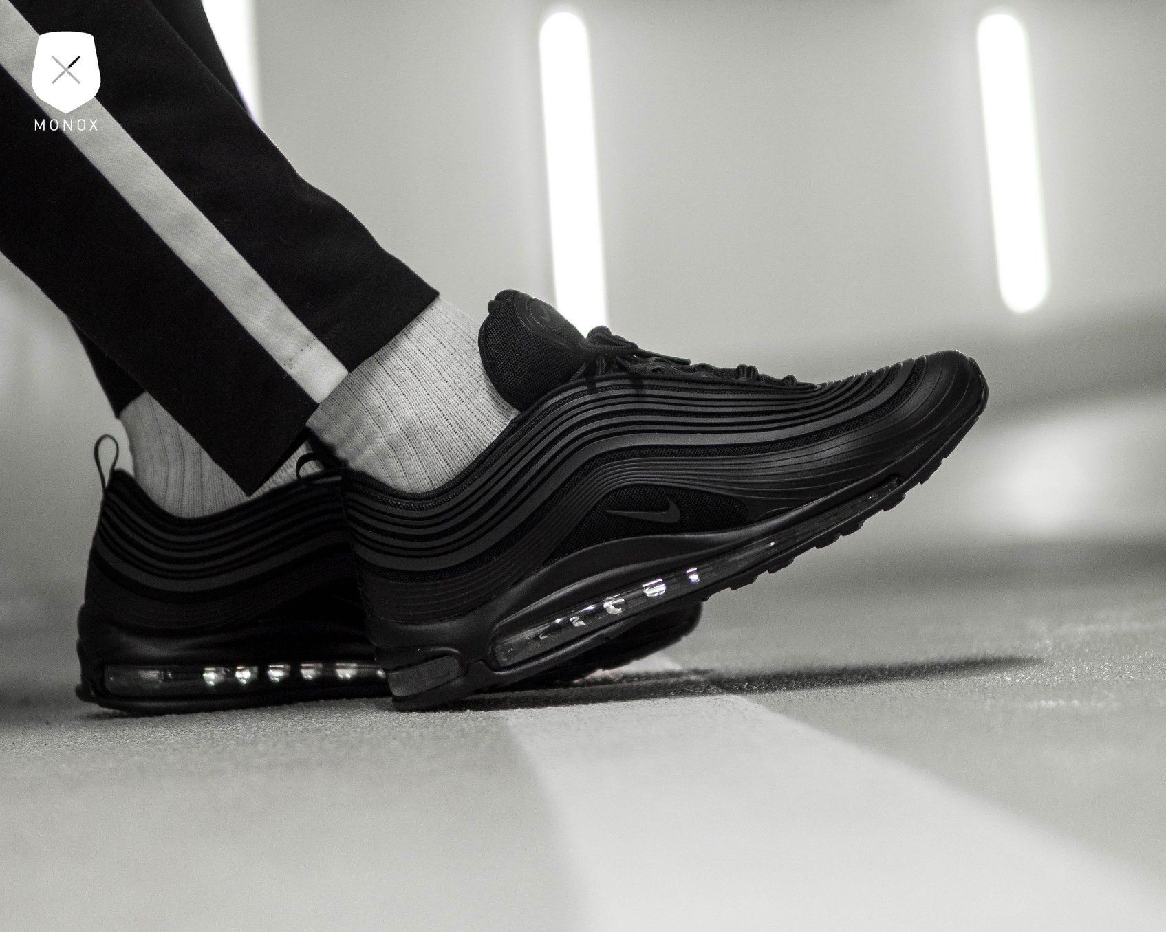 Nike Air Max 97 Ultra Premium Triple black  497e28c0f