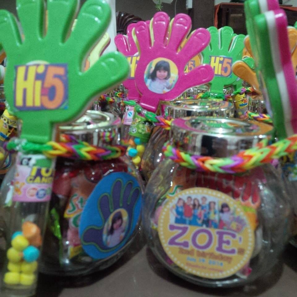 Hi5 souvenirs/giveaways 5th birthday party ideas