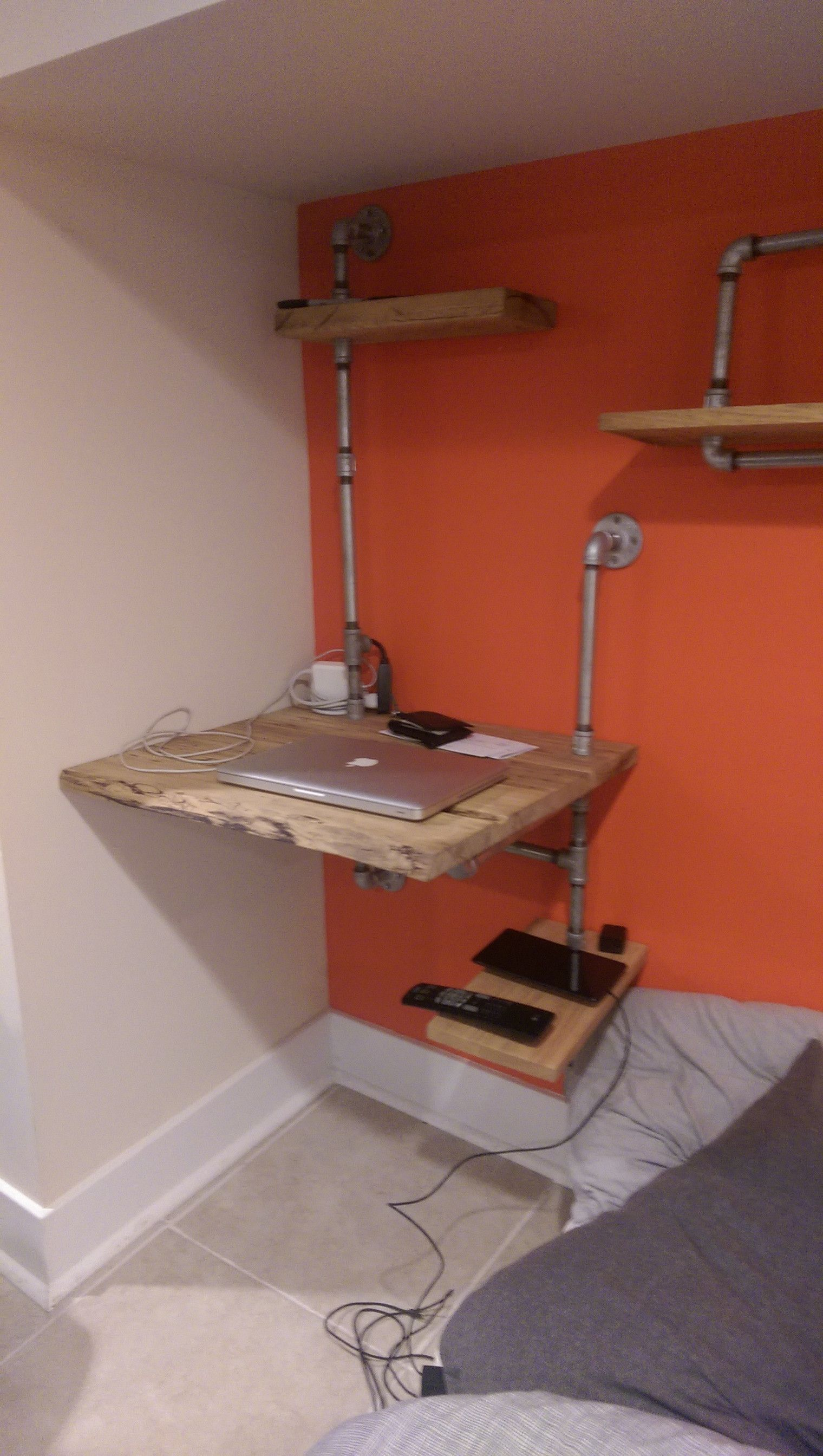 Hanging wall desk with plumbing