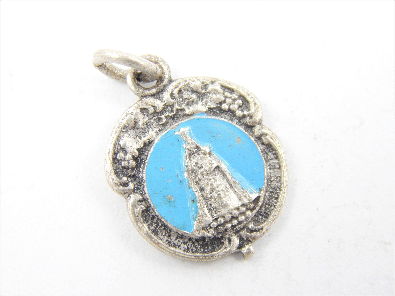vintage sacred heart of jesus catholic medal