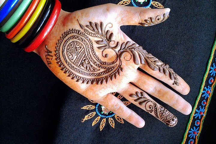 Mehndi Designs Churidar : Simple and beautiful mehndi designs by