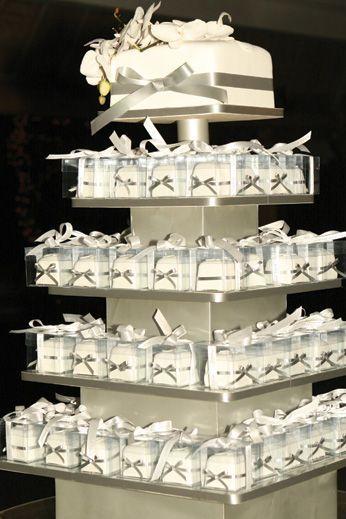 Great Wedding Cake Idea