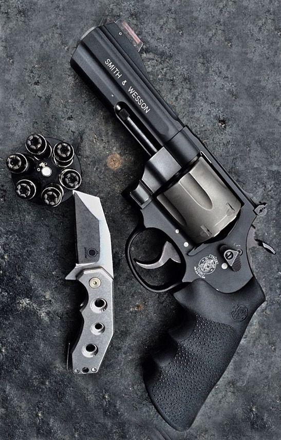 smith wesson 329 air light pd 44 magnum revolver handgun aegis gears