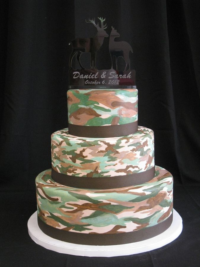 Hunting Cake For Dads 60th Bdays Camo Grooms Cake