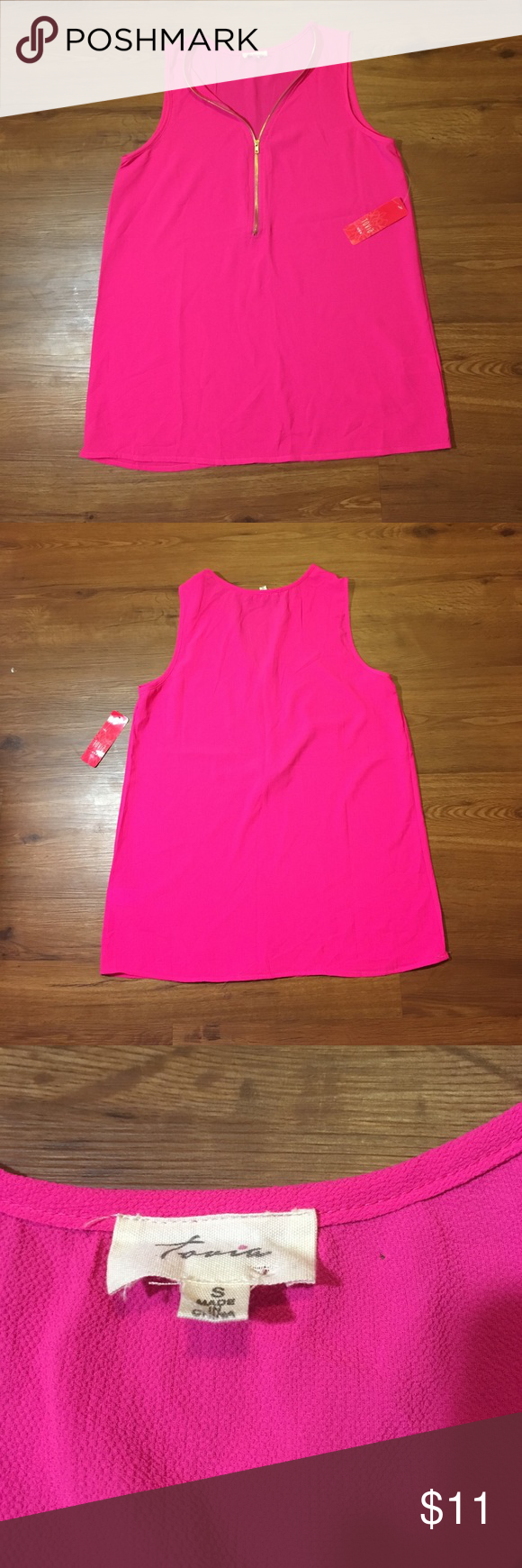 Tank Top Blouse Really pretty zip front, tank top Blouse Tovia Tops Blouses