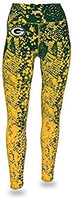 Amazon Com Zubaz Nfl Green Bay Packers Women S Gradient Print Team Logo Leggings Large Green Gold Sports Outdoors Printed Leggings Packers Womens Women