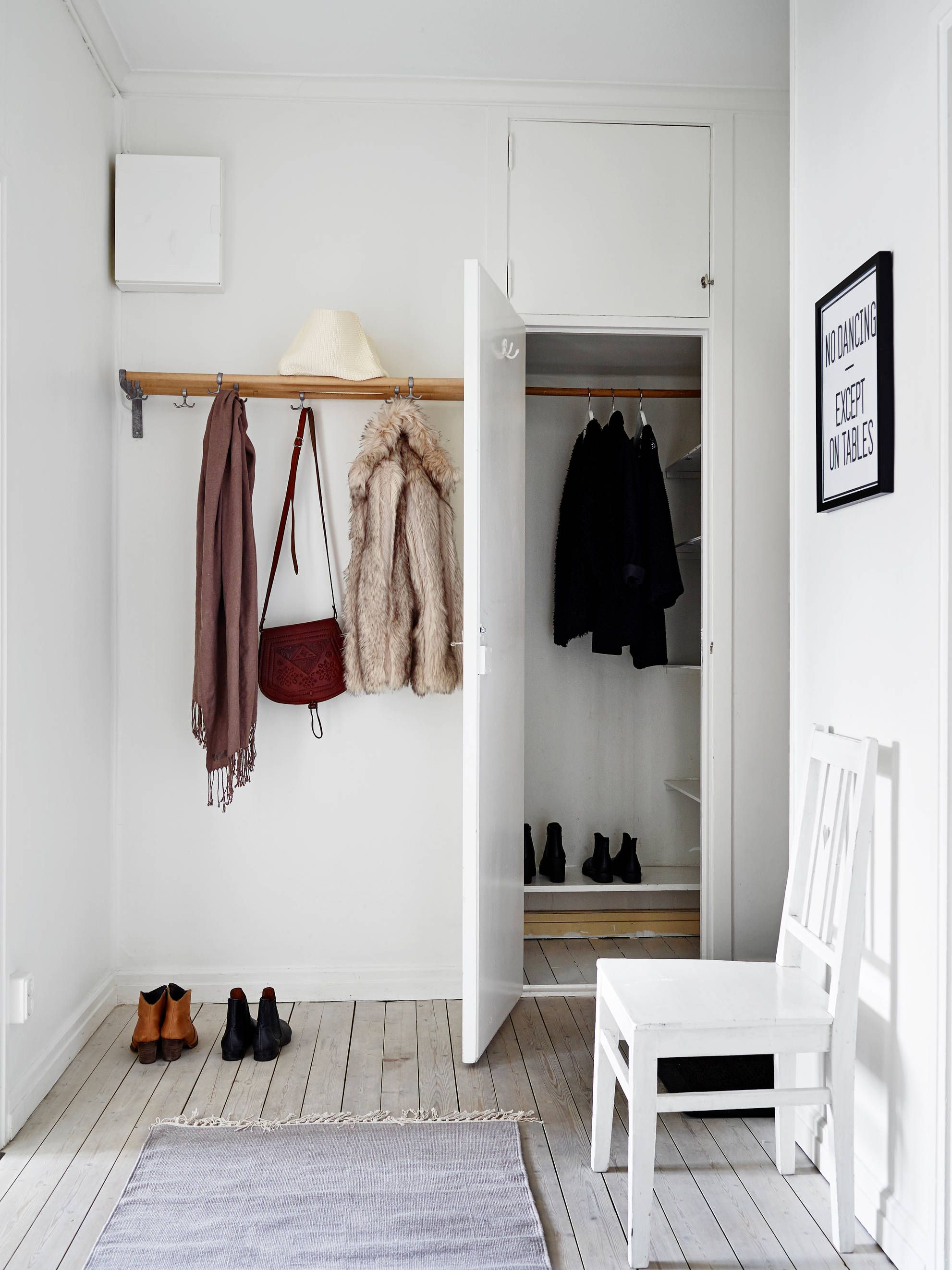 1000  images about home   entry room on pinterest