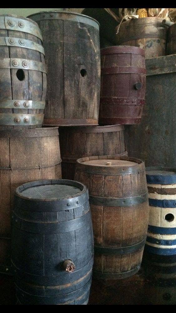 Vintage Wooden Barrels Primitive Bathrooms Wooden Barrel Primitive Decorating