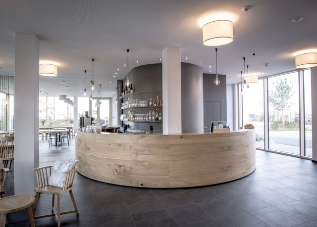 bader hotel sparen sie bis zu 70 auf luxusreisen secret escapes hotel lobby design in. Black Bedroom Furniture Sets. Home Design Ideas