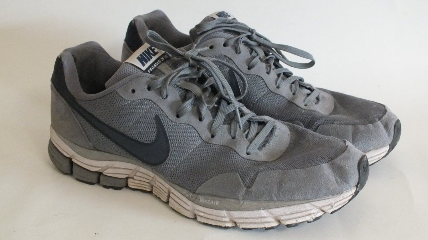 buy online 5c0d7 6950f Gray Nike anniversary pegasus+ running shoes - Yahoo Search ...