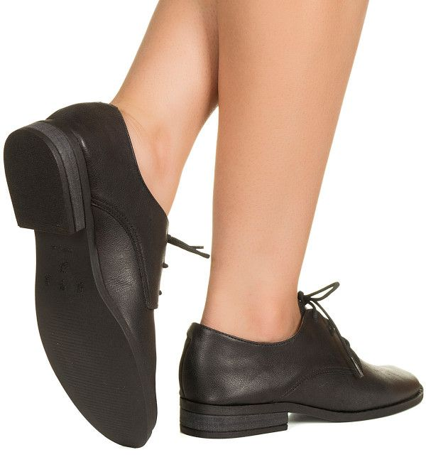 d4c288184 Oxford preto com cadarço Taquilla - Taquilla - Loja online de sapatos  femininos