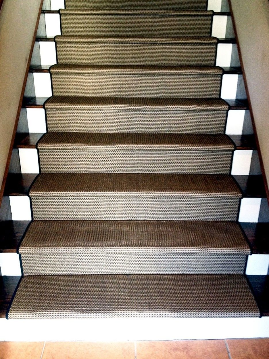 Choosing Stair Runner : Elegant Straight Stair Design With ...