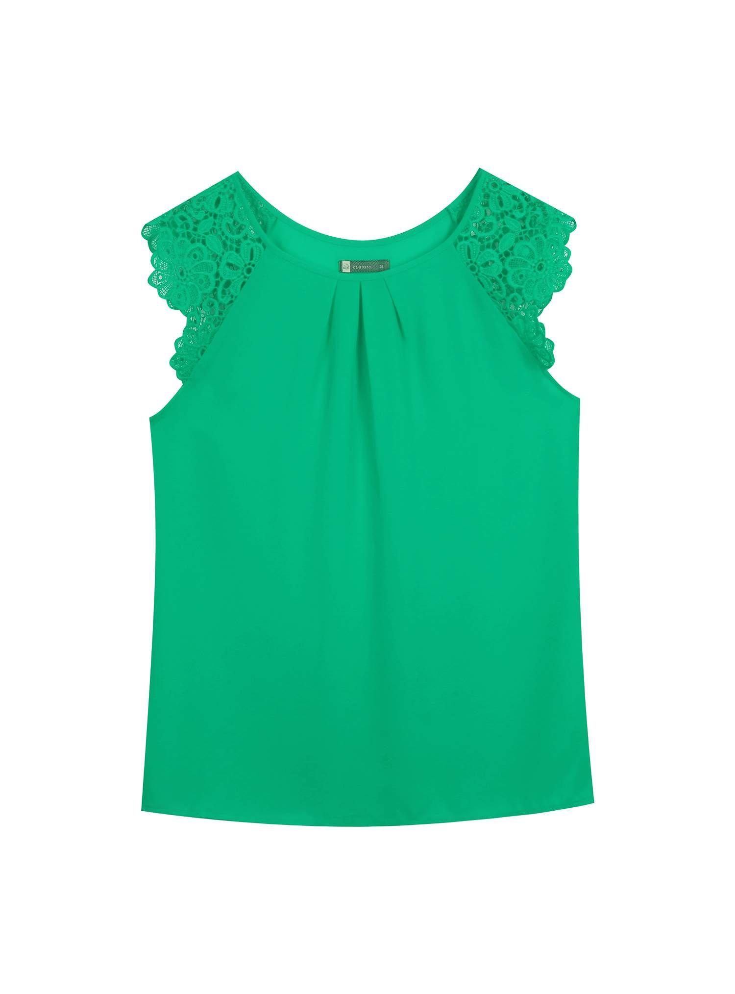 e50144c4f Still de blusa verde com renda
