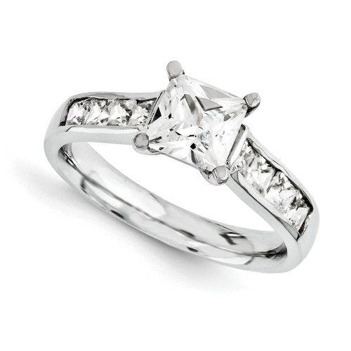 bde7fb938cd7 Anillo de compromiso oro blanco 18K con diamantes corte princesa ...