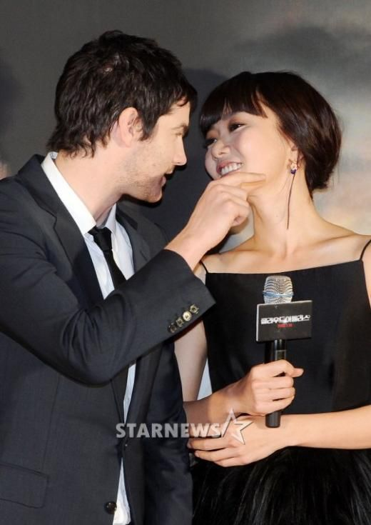 Bae Doo Na and British actor Jim Sturgess call it quits ...