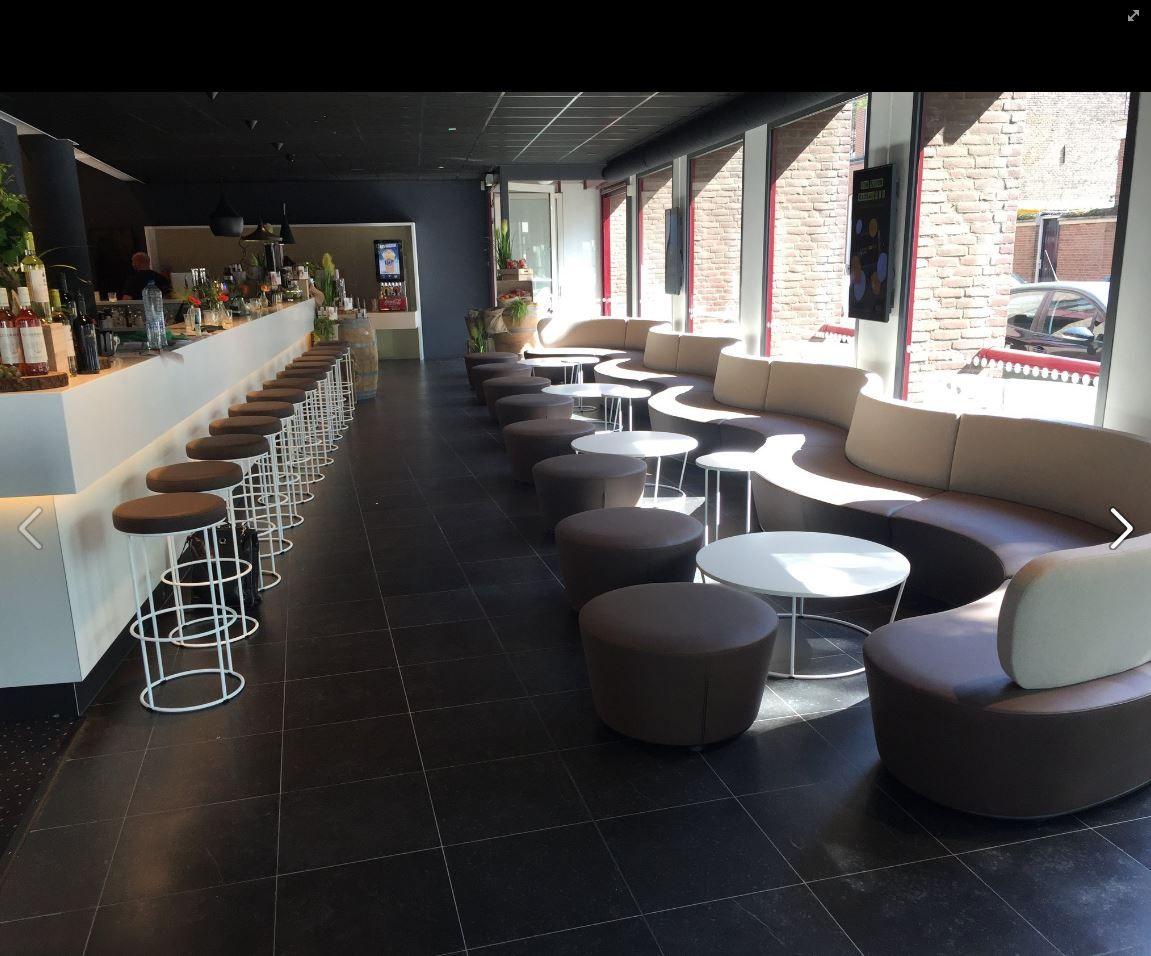 Circ Barstools, Circ Tables and Entourage Sectional Bar