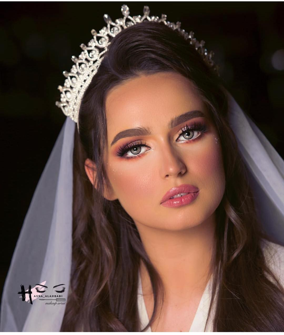 روعة ميك اب Hasna Alahbabi فنادق Brides Bride Bridal Wedding Weddingnight Weddingday Love Wed Dramatic Wedding Makeup Makeup Makeover Fashion Makeup