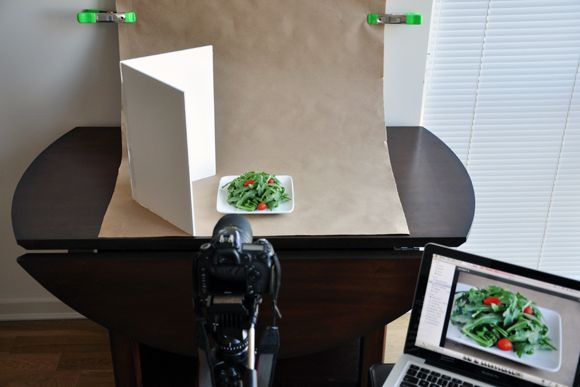How to Construct Your In-Home Food Photo Setup #photography