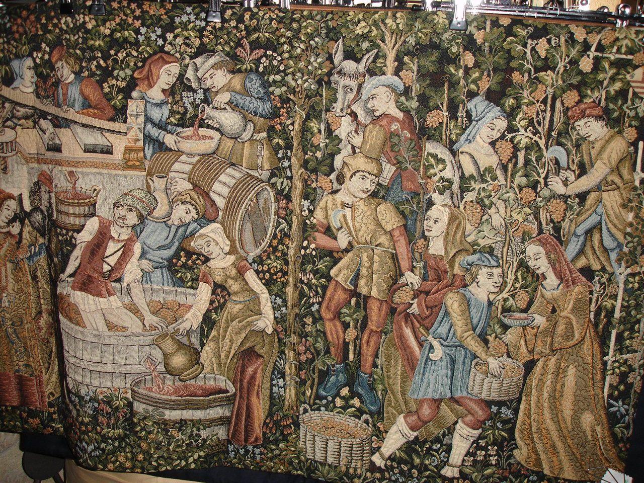 Une tapisserie au mur pour rappeler le jardin pas loin for Jardin 16eme
